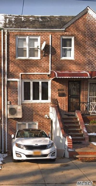 Flushing Single Family Home For Sale: 70-04 165th St