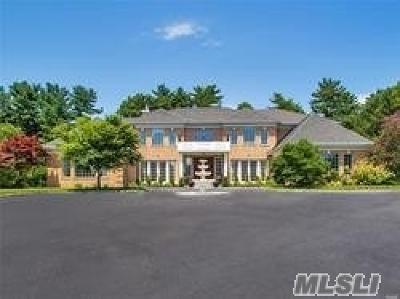 Upper Brookville Single Family Home For Sale: 261 Hillcrest Ln