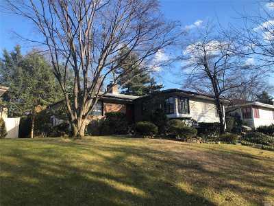 Douglaston Single Family Home For Sale: 52-23 240th St