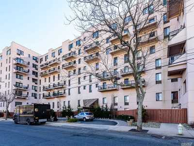 Long Beach NY Condo/Townhouse For Sale: $569,000