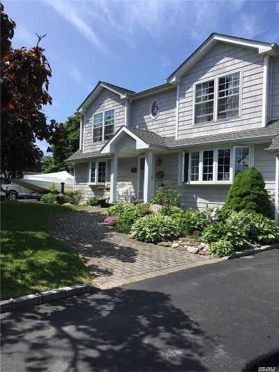 Babylon Single Family Home For Sale: 60 Lighthouse Rd
