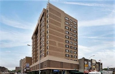 Forest Hills Condo/Townhouse For Sale: 119-49 Union Tpke #7B