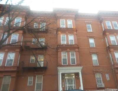 Brooklyn NY Condo/Townhouse For Sale: $325,900