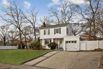 W. Hempstead Single Family Home For Sale: 221 Taylor Rd