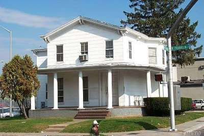 Hempstead Multi Family Home For Sale: 144 North Franklin St