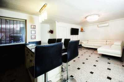 Flushing Condo/Townhouse For Sale: 41-24 161st Street