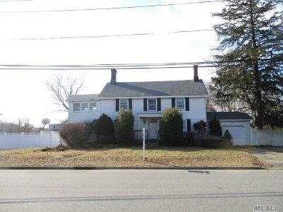 Babylon Single Family Home For Sale: 358 Livingston Ave
