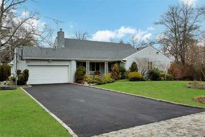 Roslyn Single Family Home For Sale: 2 Pool Dr
