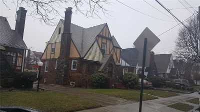 Jamaica Single Family Home For Sale: 138-08 175th St