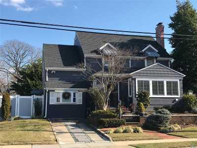 Hewlett NY Single Family Home For Sale: $625,000
