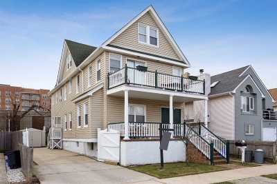 Long Beach Multi Family Home For Sale: 412 E Penn St