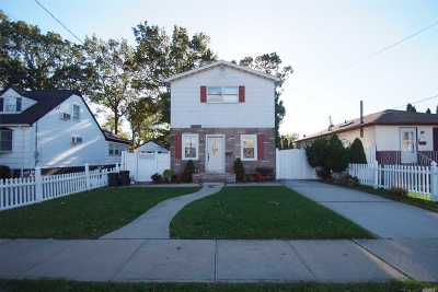 East Meadow Single Family Home For Sale: 2466 8th St