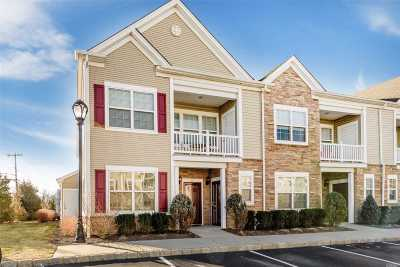 Oceanside Condo/Townhouse For Sale: 67 Wexford Ln