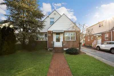 Franklin Square Single Family Home For Sale: 86 Pacific St