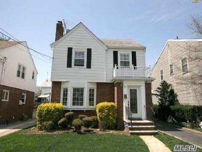 Hempstead Single Family Home For Sale: 101 Duncan Rd