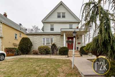Whitestone Single Family Home For Sale: 14-44 154th St