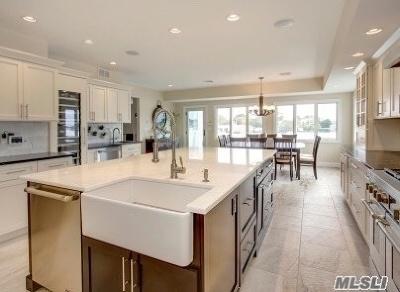 Massapequa Single Family Home For Sale: 25 Beach Rd