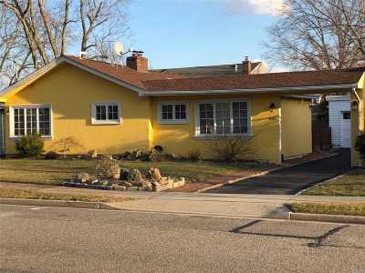 Woodmere Single Family Home For Sale: 835 Jefferson St