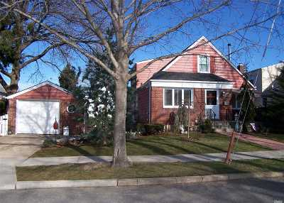 New Hyde Park Single Family Home For Sale: 503 8th Ave