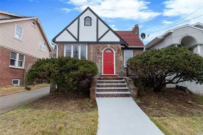 Single Family Home For Sale: 68 Waldo Ave
