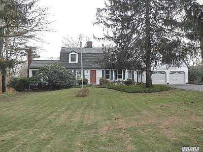 Smithtown Single Family Home For Sale: 181 Oakside Dr
