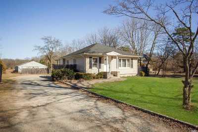 Medford Single Family Home For Sale: 161 Pennsylvania Ave