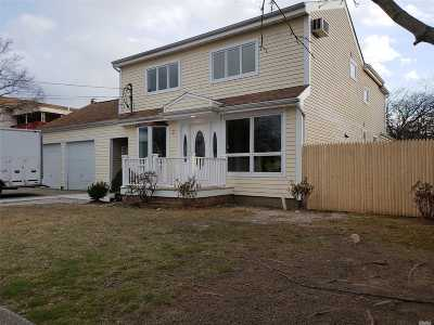Massapequa Single Family Home For Sale: 2 Trebor Rd