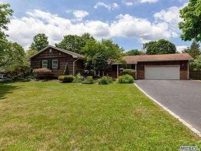 E. Setauket Single Family Home For Sale: 170 Gnarled Hollow Rd