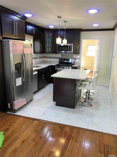 Brooklyn Single Family Home For Sale: 5208 Avenue L