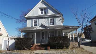Freeport Single Family Home For Sale: 106 N Grove St