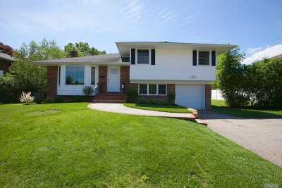 Woodbury Single Family Home For Sale: 45 Canterbury Rd