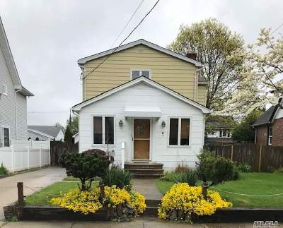 Rockville Centre Single Family Home For Sale: 59 Cumberland St