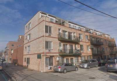 Flushing Condo/Townhouse For Sale: 3205 Linden Pl #D2