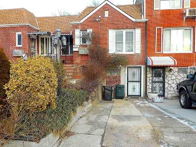 Single Family Home For Sale: 24-21 92nd St
