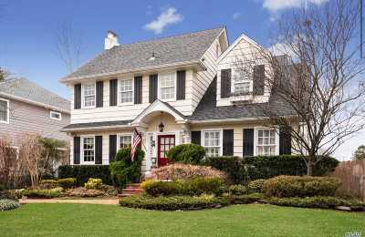 Woodmere Single Family Home For Sale: 998 Allen Ln