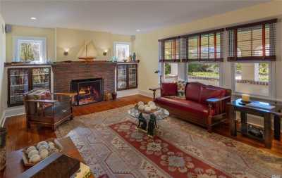 East Moriches Single Family Home For Sale: 16 Woodlawn Ave