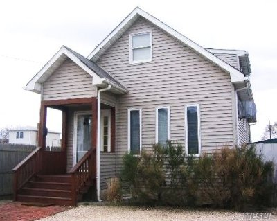 Bellmore Single Family Home For Sale: 127 Beach Ave