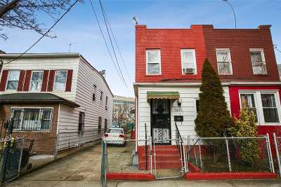 Corona Single Family Home For Sale: 96-25 46th Ave