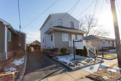 Lindenhurst Single Family Home For Sale: 217 W Belle Terre Ave