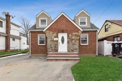 Franklin Square Single Family Home For Sale: 145 Rintin St