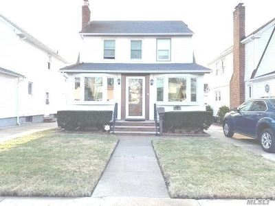 Queens Village Single Family Home For Sale: 94-44 217th St