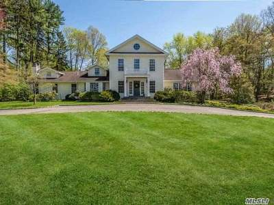 Locust Valley Single Family Home For Sale: 12 Meudon Dr