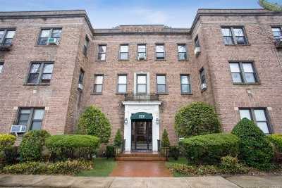 Garden City Condo/Townhouse For Sale
