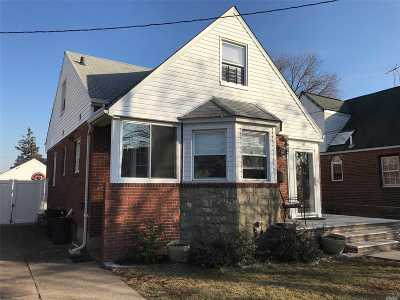 Franklin Square Single Family Home For Sale: 69 Madison St
