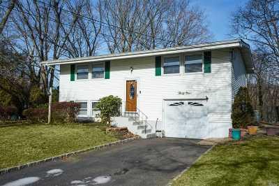 Setauket Single Family Home For Sale: 39 N Arrowhead Ln