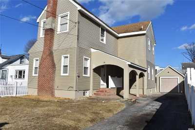 Roosevelt Single Family Home For Sale: 14 Bauer Ave
