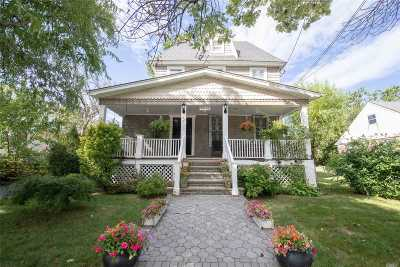 Bayside Single Family Home For Sale: 28-32 213 St