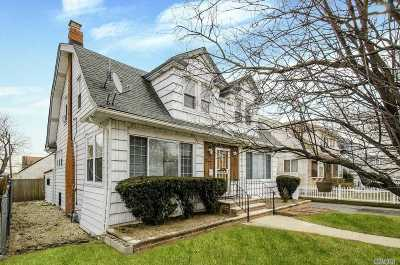 Freeport Single Family Home For Sale: 171 Saint Marks Ave