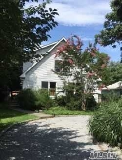 Sag Harbor Single Family Home For Sale: 39 Pine Crest Ln