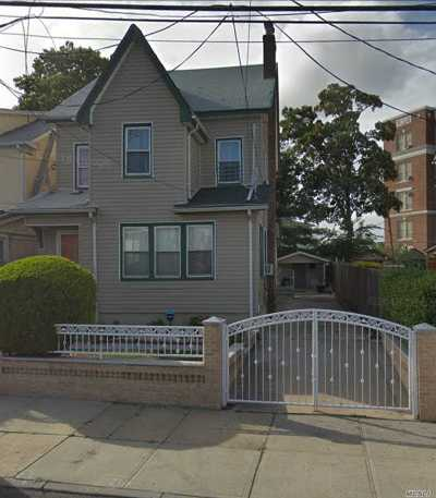 Jamaica Multi Family Home For Sale: 173-21 108th Ave